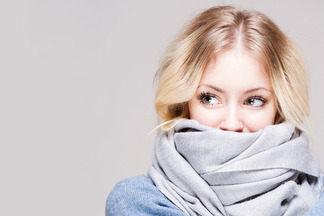 Не простудись осенью: 10 способов завязать шарф или палантин