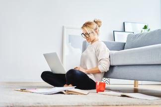 «Удаленка» без вреда: главные советы для здоровой работы на дому