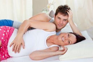 Интимная близость во время беременности не запрещена, но…
