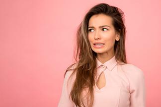 Как правильно отвечать на бестактные вопросы? Разговор с психологом