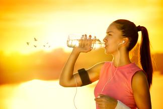 Сколько воды нужно пить во время тренировки?