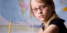 Близорукость у школьников: учеба не во вред!