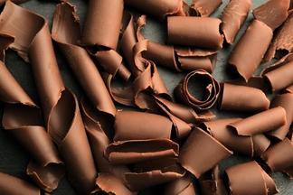 Почему горький шоколад лучше других лакомств?