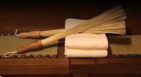 Антицеллюлитный массаж бамбуковыми вениками