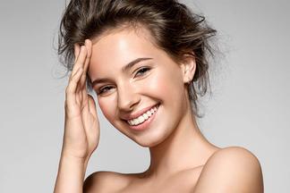 Быстрые спасительные процедуры. Косметолог о том, как улучшить состояние кожи до праздников