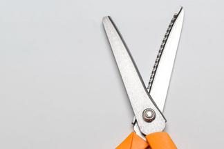 «Риск венерической инфекции ниже на 60-70%». Говорим с урологом про обрезание