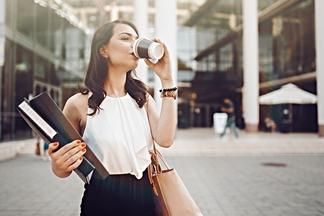 Кофе живет недолго. Почему полезные свойства испаряются за секунды?