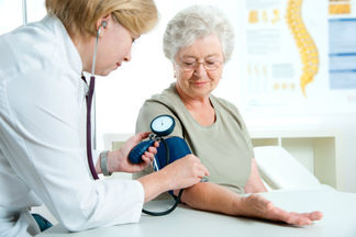 Бесплатно измерить давление и получить медицинскую консультацию можно 21 и 28 июня во Фрунзенском районе