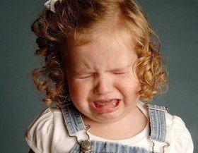 Маленький торнадо: как справиться с истерикой у ребенка