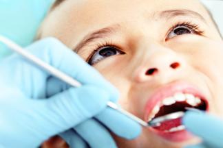 «Дети авторитарных родителей тяжело идут на контакт с  врачом». Беседа с детским стоматологом