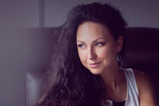 «Вес женщины — показатель того, насколько она гармонична и счастлива». Разговор  с  Яной  Котовой