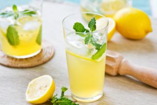 Лимонад портит здоровье? Все зависит от напитка!