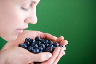 Если есть много продуктов с витамином А, зрение улучшится? Отвечает офтальмолог