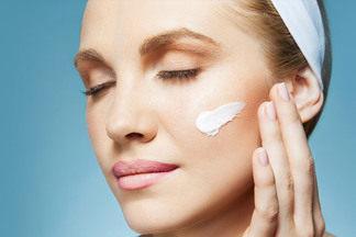 Как выбрать крем для лица, который подходит именно вам? Разговор с косметологом