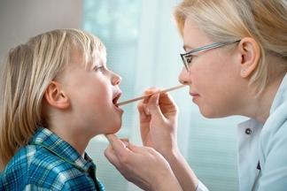 Аденоиды у детей: ежегодно проводится около 5 000 операций