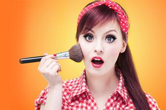 ТОП-7 пагубных бьюти-привычек, или Что можно и чего нельзя в повседневном макияже?