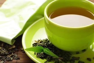 Зеленый чай лучше не пить вечером? Разбираемся в пользе и вреде этого напитка