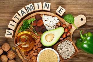 За что витамин Е называют омолаживающим, и где его искать?