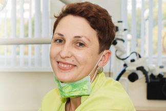 Если у вас «чувствительные десны» — вы просто плохо чистите зубы. Интервью со  стоматологом