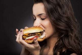 После того как человек бросает курить, он сразу набирает в весе. Правда или миф?