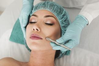 В Беларуси утвердили новый перечень лицензируемых процедур косметологии и массажа