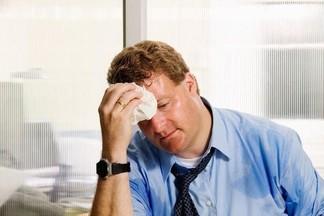 О каких заболеваниях может говорить неприятный запах пота?