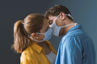 Секс во время карантина: как не заразиться коронавирусом