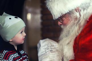 Борода Деда Мороза теперь считается самым опасным для здоровья новогодним аксессуаром