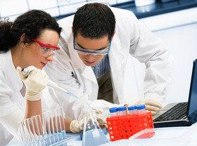 Скандал в Facebook: биодобавка, спасающая от рака