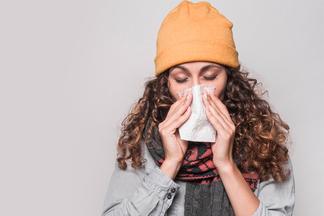 Простуда, цистит, аллергия... Вместе с терапевтом разбираемся, как бороться ссезонными заболеваниями