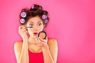 3 привычки, которые старят кожу вокруг глаз