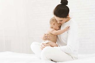 Пресс качать нельзя, а мышцы тазового дна — можно. Гинеколог — о восстановлении после родов