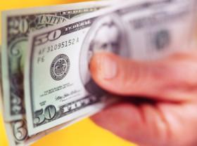 Деньги могут быть опасны для здоровья
