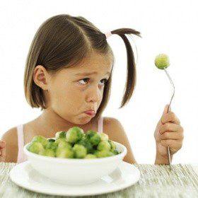 Учим ребенка правильно питаться