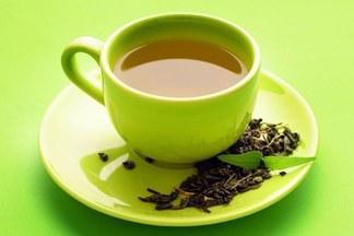 Даже зеленый чай может стать хорошим перекусом. Диетолог о «легкой» еде
