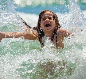 Купание детей в водоемах: техника безопасности