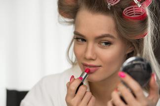ТОП-5 лайфхаков о том, чтоделать для идеального макияжа. Белоруски делятся секретами