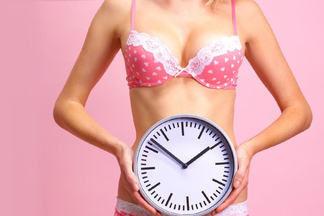 Гинеколог: «К сожалению, многие женщины сами назначают себе контрацептивы. Для них это как  купить помаду»