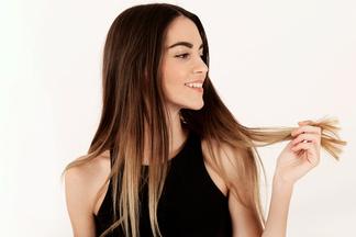 «Многие даже расчесываются неправильно!»:  врач о том, какотрастить волосы