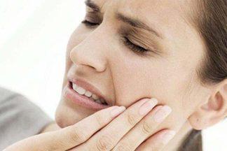 Чем опасны зубы мудрости, и почему их лучше удалять сразу?