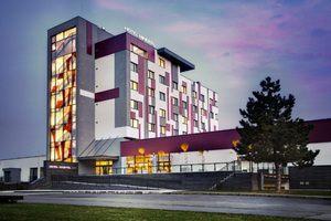 Отдых и оздоровление за рубежом Ibookmed Курорт Дудинце Отель Минерал 4* - фото 1