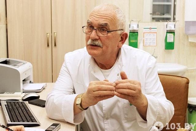 Дед осматривает внучку как гинеколог фото 803-402