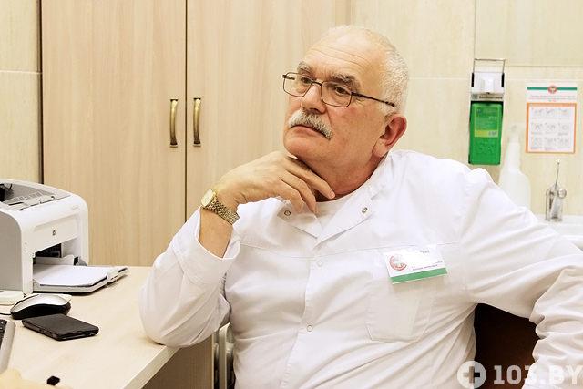 Дед осматривает внучку как гинеколог фото 803-36