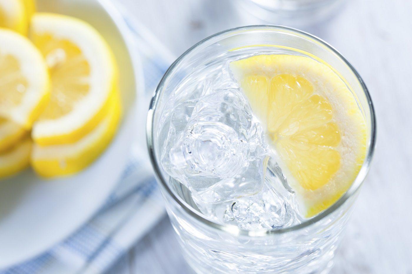 Вода С Лимоном Для Похудения. Вода с лимоном для похудения — просто и эффективно